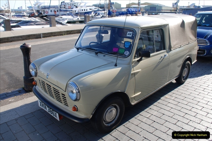 2019-07-12 Minis on Poole Quay. (83) 001