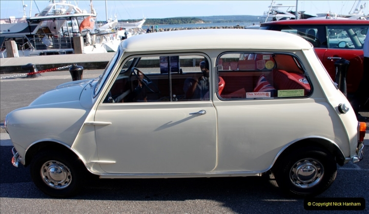 2019-07-12 Minis on Poole Quay. (87) 001