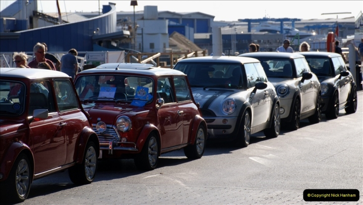 2019-07-12 Minis on Poole Quay. (98) 001