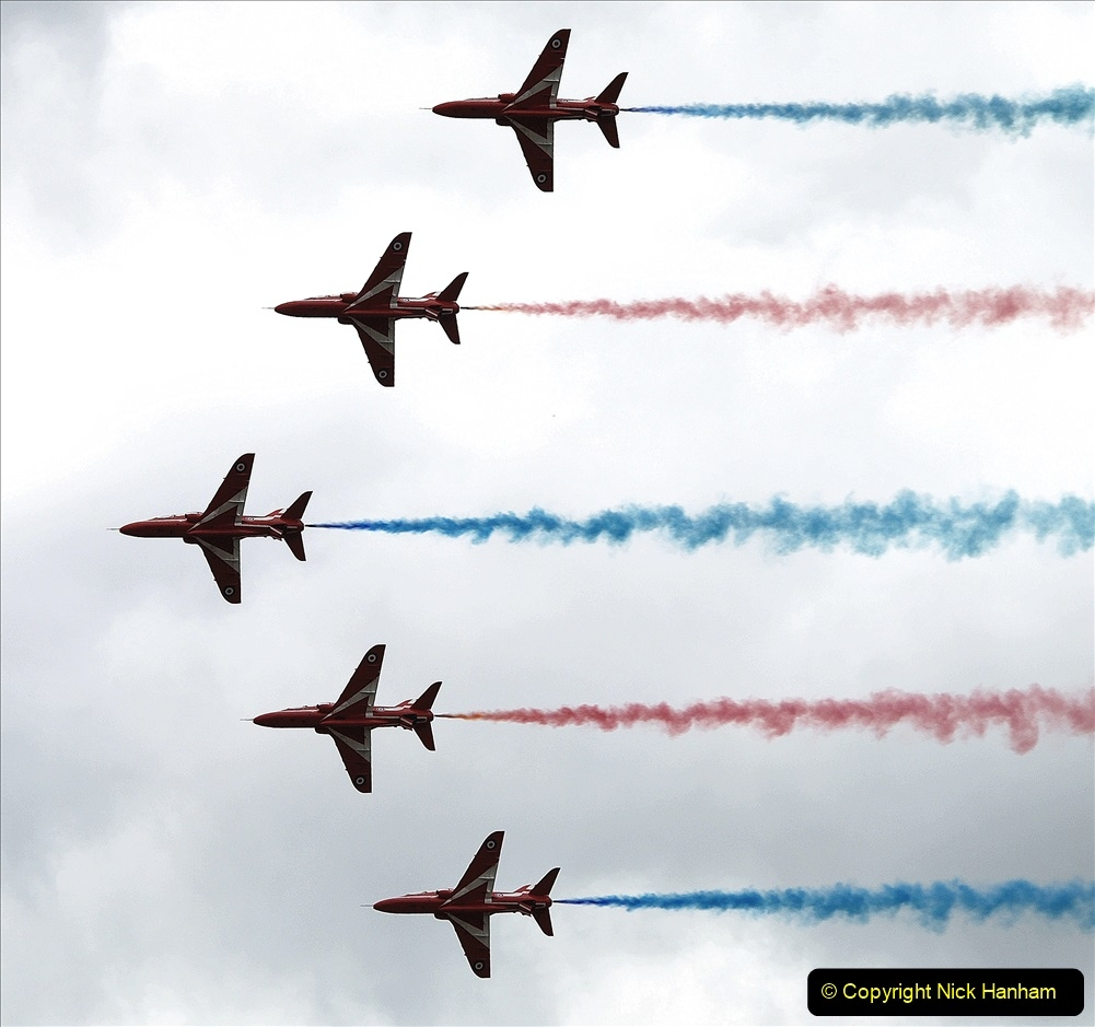 2019-07-13 Yeovilton Air Day. (692) Red Arrows.