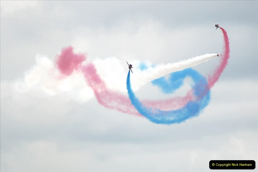 2019-07-13 Yeovilton Air Day. (697) Red Arrows.
