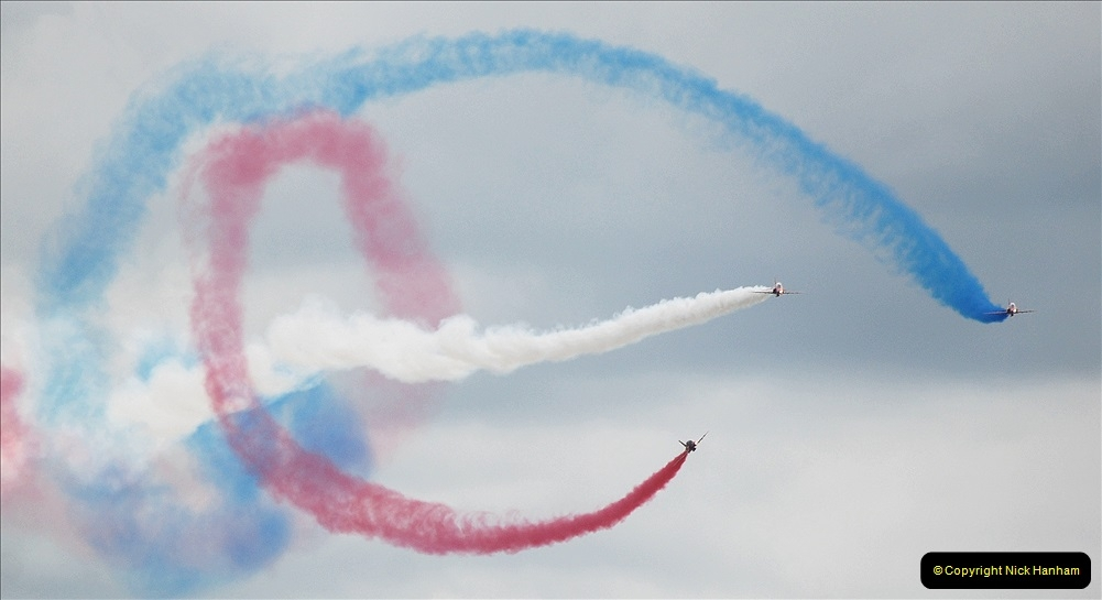 2019-07-13 Yeovilton Air Day. (700) Red Arrows.