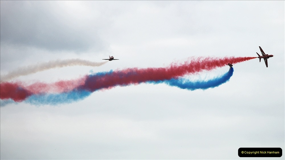 2019-07-13 Yeovilton Air Day. (702) Red Arrows.