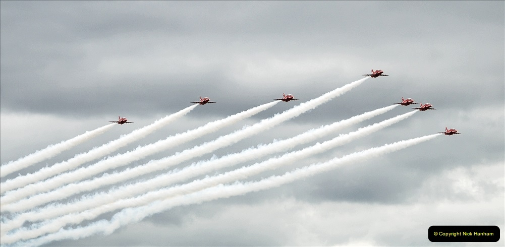 2019-07-13 Yeovilton Air Day. (705) Red Arrows.