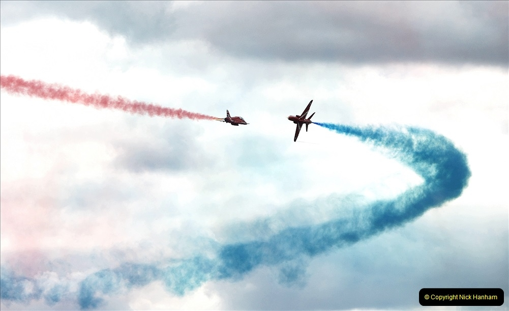 2019-07-13 Yeovilton Air Day. (713) Red Arrows.