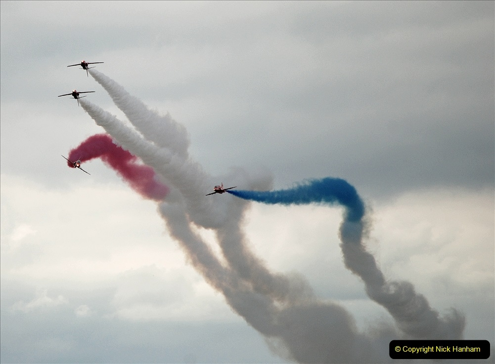 2019-07-13 Yeovilton Air Day. (717) Red Arrows.