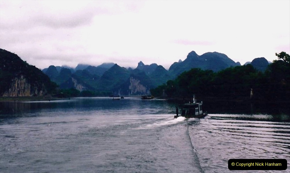 China 1993 April. (68) On the Li or Lijiang River  to Yangshuo. 068