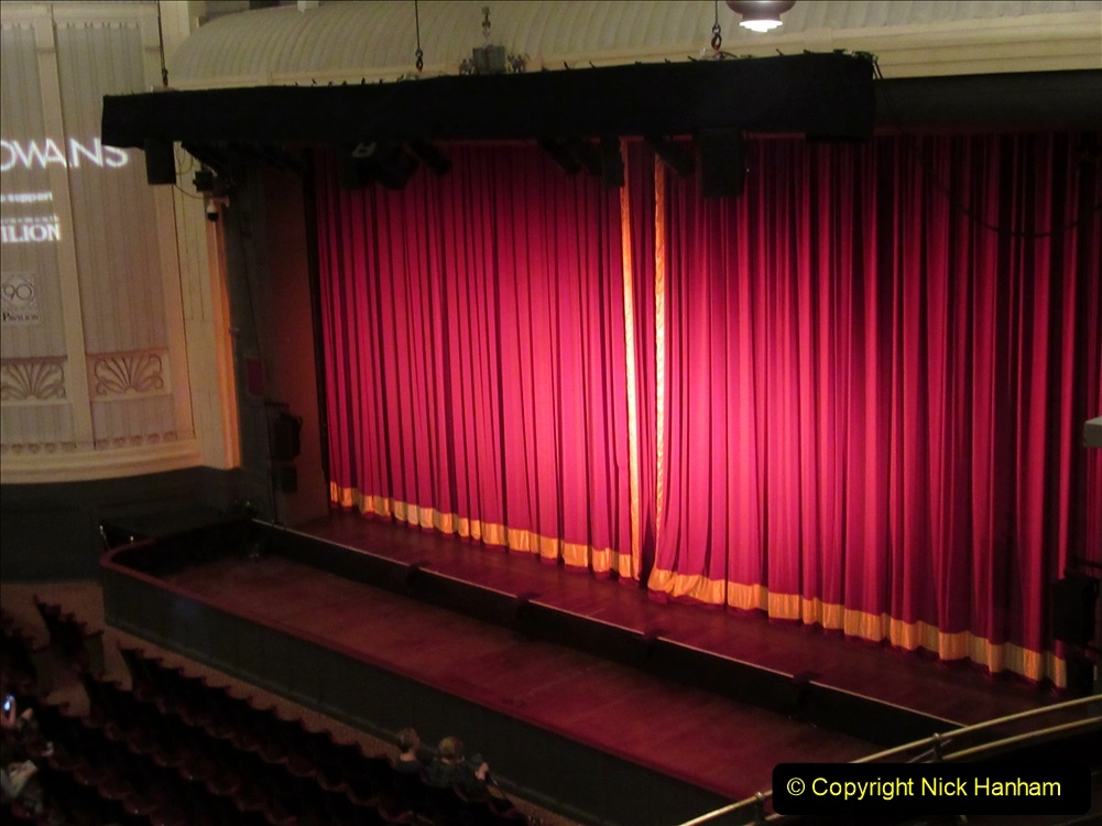 2019-08-07 The Mousetrap at Bournemouth Pavillion Theatre. (13) The play. 011