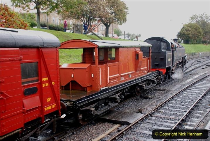 2019-10-11 Six Locomotives for the SR Autumn Steam Gala. (105) 105