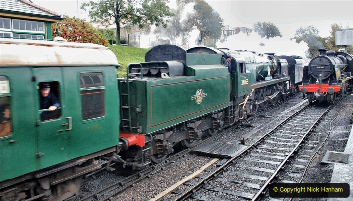 2019-10-11 Six Locomotives for the SR Autumn Steam Gala. (137) 137
