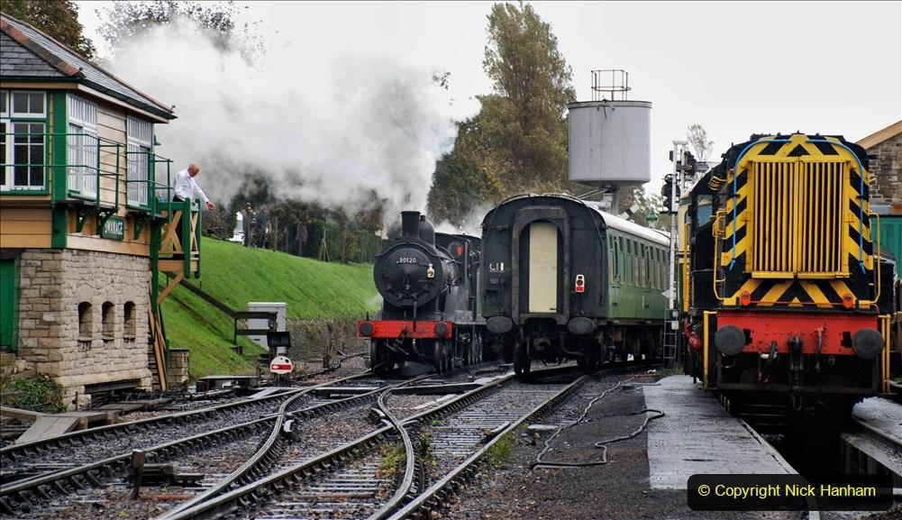 2019-10-11 Six Locomotives for the SR Autumn Steam Gala. (142) 142