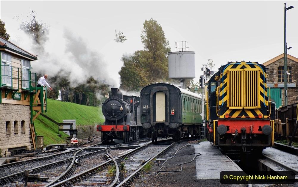 2019-10-11 Six Locomotives for the SR Autumn Steam Gala. (143) 143