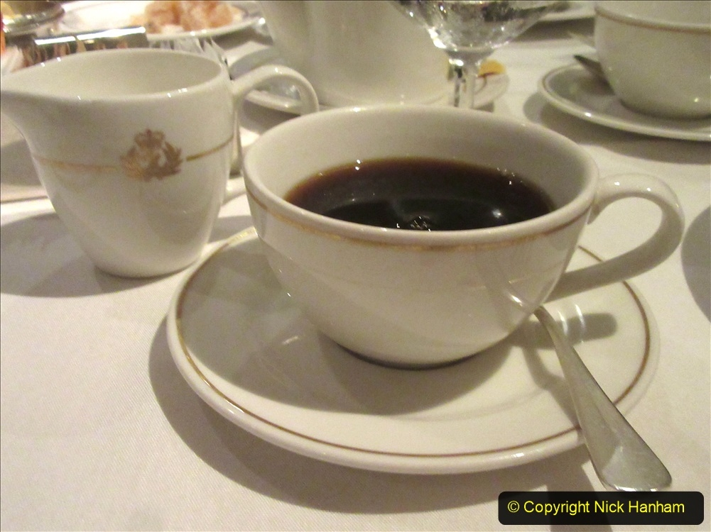 2019_11_03 to 17 Cunard's Queen Mary New York to Southampton @ first Literature Festival at Sea.  (58) Dinner. 058