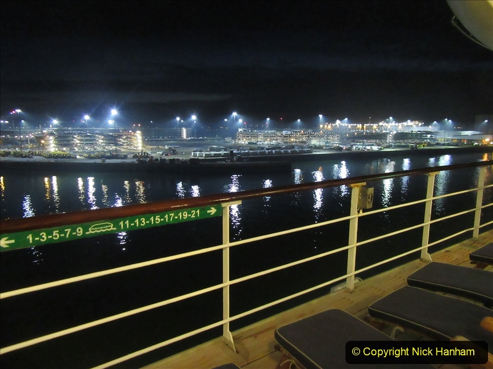2019_11_03 to 17 Cunard's Queen Mary New York to Southampton @ first Literature Festival at Sea. (148) Approaching Southampton Quay side. 148