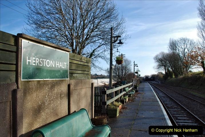 2019-11-28 The SR no running day Swanage to Wareham. (110) Herston Holt. 110