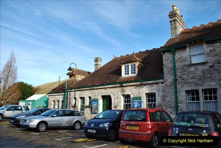 2019-11-28 The SR no running day Swanage to Wareham. (144) Harmans Cross. Corfe Castle. 145