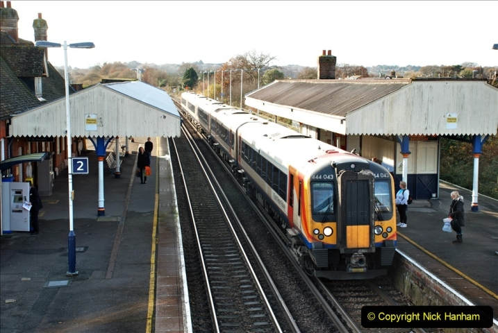 2019-11-28 The SR no running day Swanage to Wareham. (242) Wareham. 242
