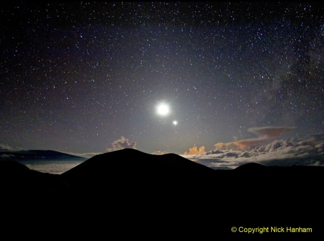 Astronomy Pictures. (80) 080