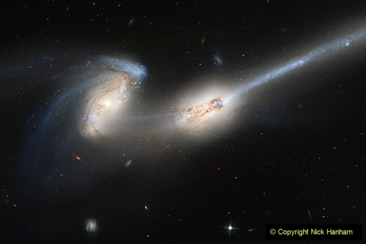 Astronomy Pictures. (105) 105