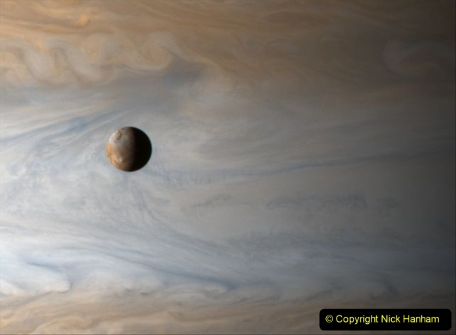 Astronomy Pictures. (302) 302