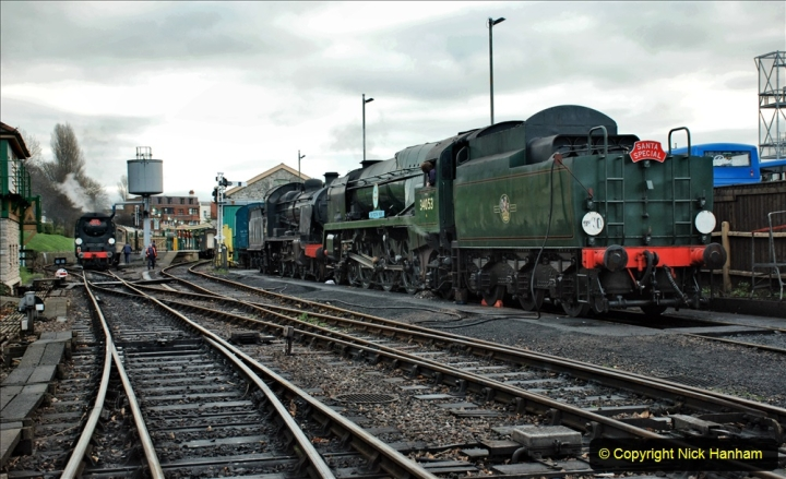 2019-12-07 SR Santa Specials Gallery 1. (12) Swanage. 012