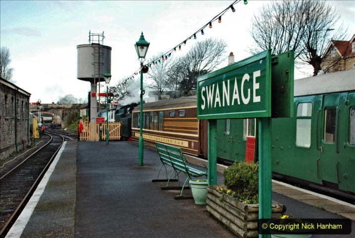 2019-12-07 SR Santa Specials Gallery 1. (22) Swanage. 022