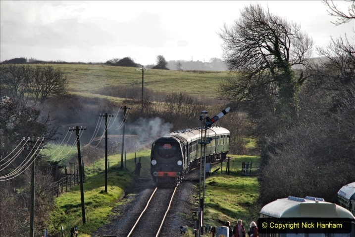 2019-12-07 SR Santa Specials Gallery 1. (73) Corfe Castle. 073