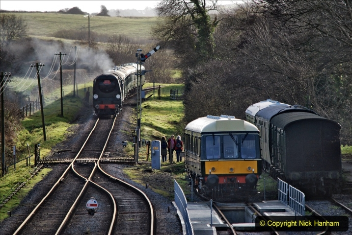 2019-12-07 SR Santa Specials Gallery 1. (74) Corfe Castle. 074