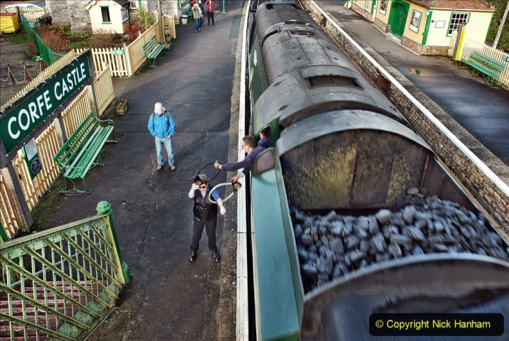2019-12-07 SR Santa Specials Gallery 1. (78) Corfe Castle. 078