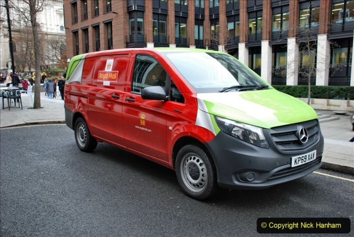 2019-12-16 London. (106) Royal Mail goes electric. 106