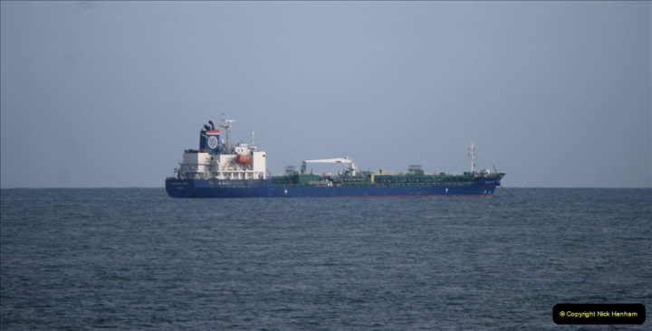 2019 April English Channel Shipping. (19) 052