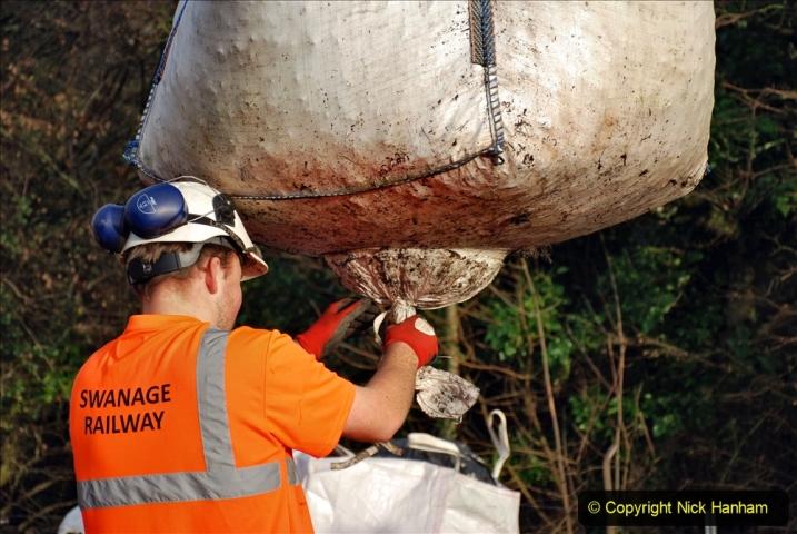 2020-01-08 Track renewal Cowpat Crossing to just beyond Dickers Crossing. (40) 040
