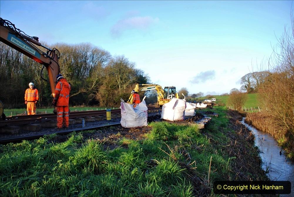 2020-01-09 Track renewal Cowpat Crossing to just beyond Dickers crossing. (6) 006