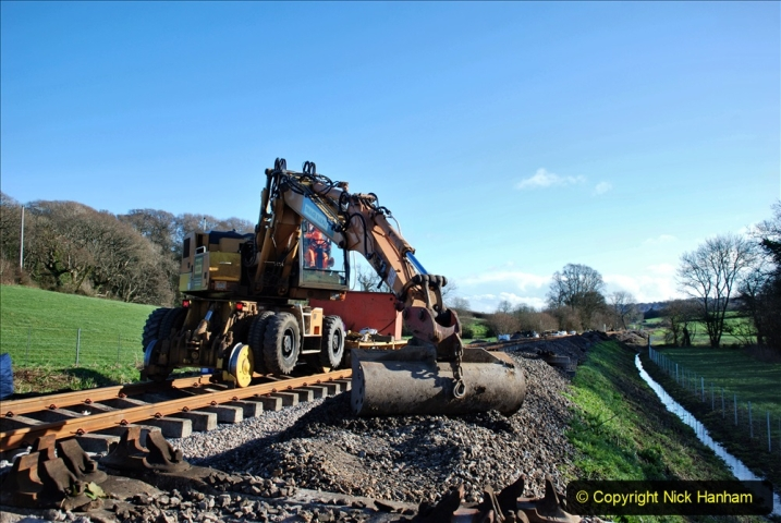 2020-01-17 Track renewal Cowpat Crossing to just past Dickers Crossing. (152) Drainage Work. 152