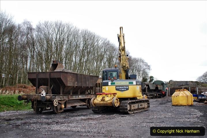 2020-01-24 Track renewall Cowpat Crossing to just past Dickers Crossing. (187) Ballast work. 187