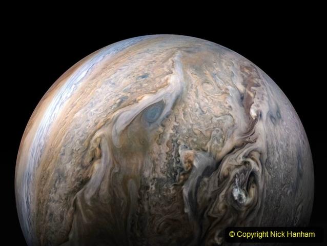 Astronomy. (100) 100