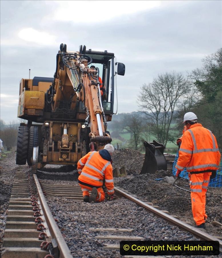 2020-02-06 Track renewal work & Tamper. (12) 012