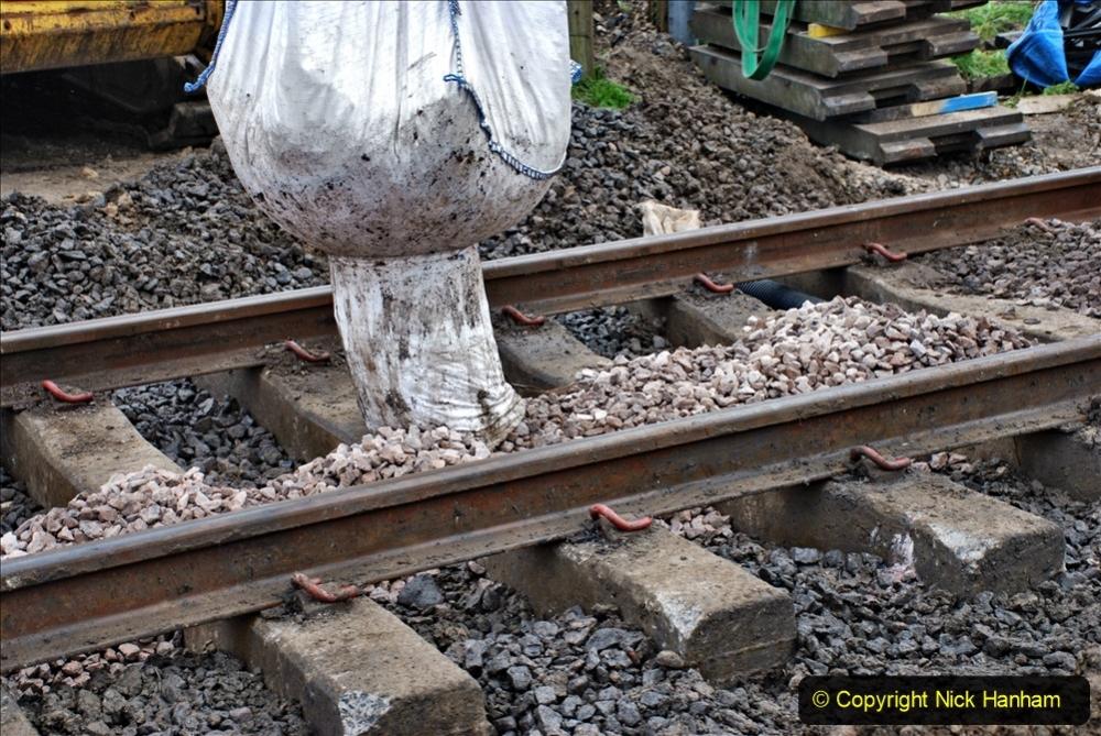 2020-02-06 Track renewal work & Tamper. (35) 035