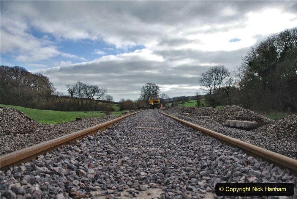 2020-02-06 Track renewal work & Tamper. (71) 071