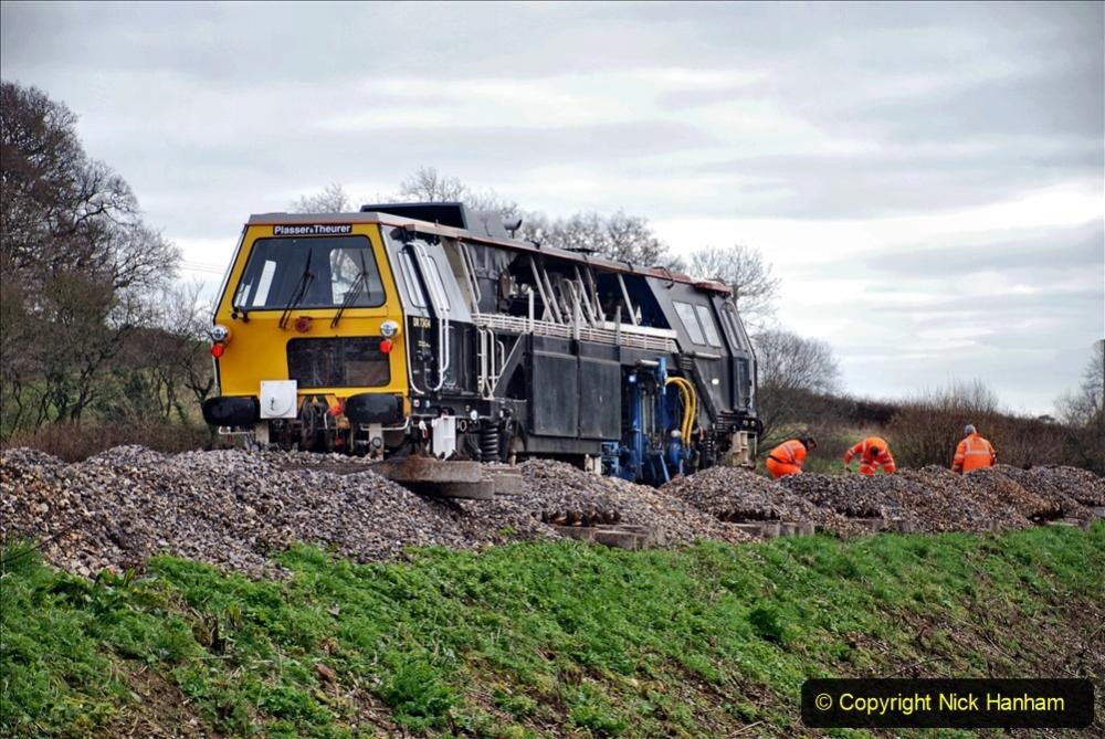 2020-02-06 Track renewal work & Tamper. (79) 079