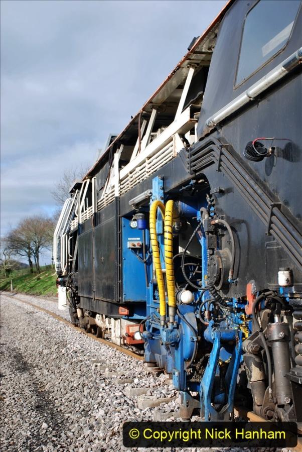 2020-02-06 Track renewal work & Tamper. (92) 092