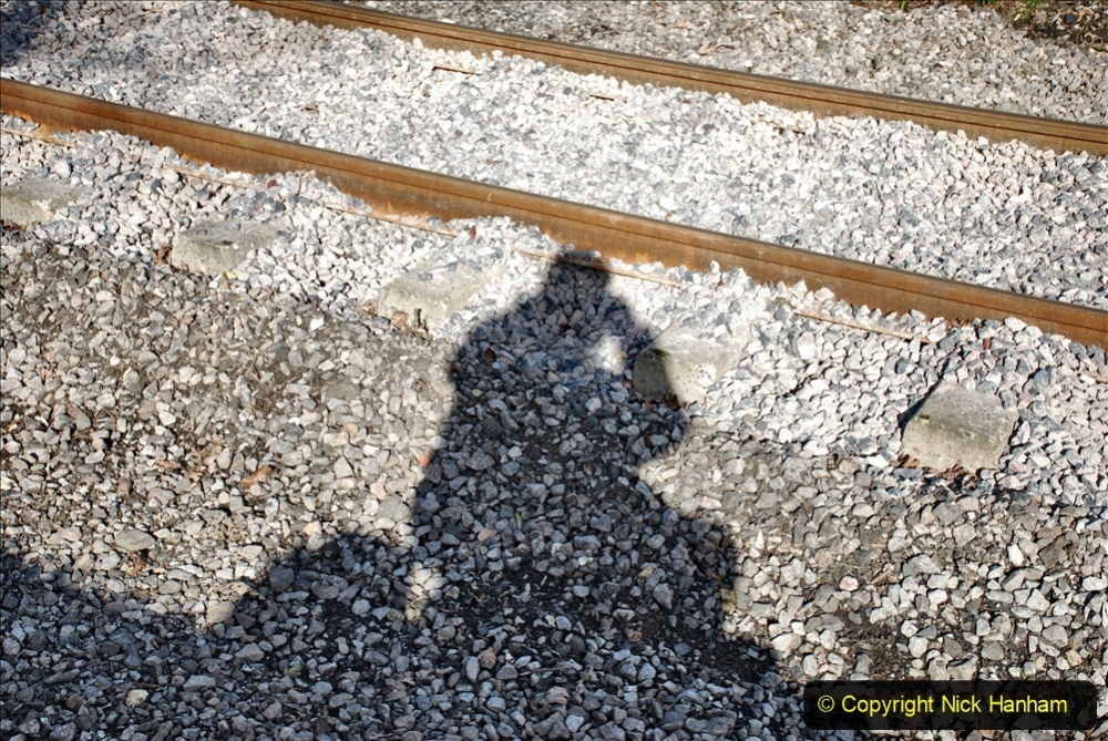2020-02-06 Track renewal work & Tamper. (95) Your Host's shadow.095