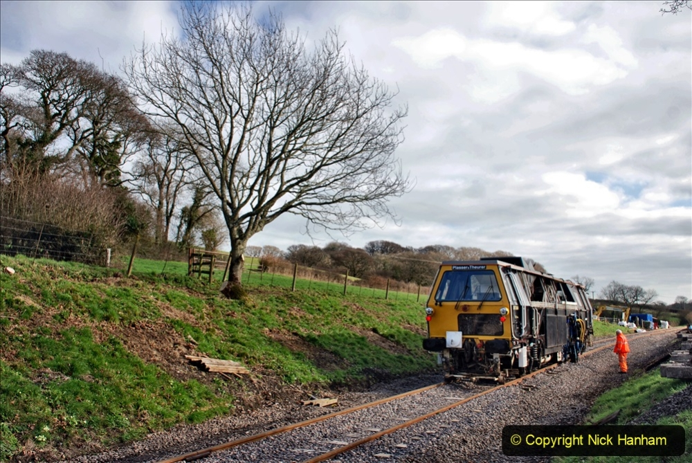 2020-02-06 Track renewal work & Tamper. (97) 097