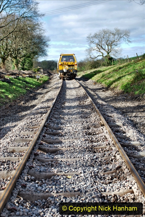 2020-02-06 Track renewal work & Tamper. (121) 121