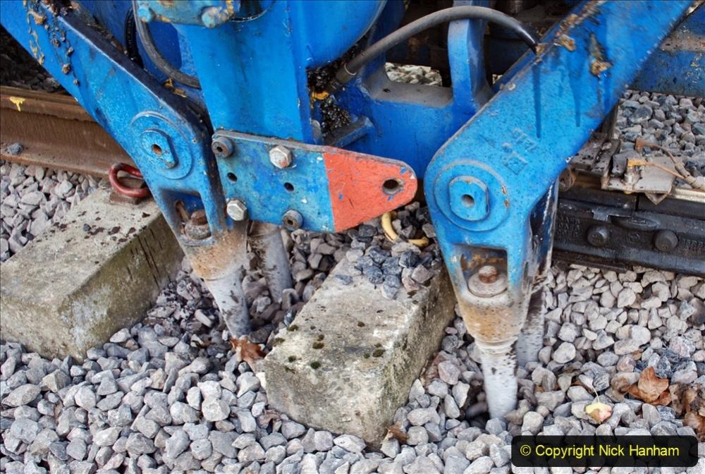 2020-02-06 Track renewal work & Tamper. (138) 138