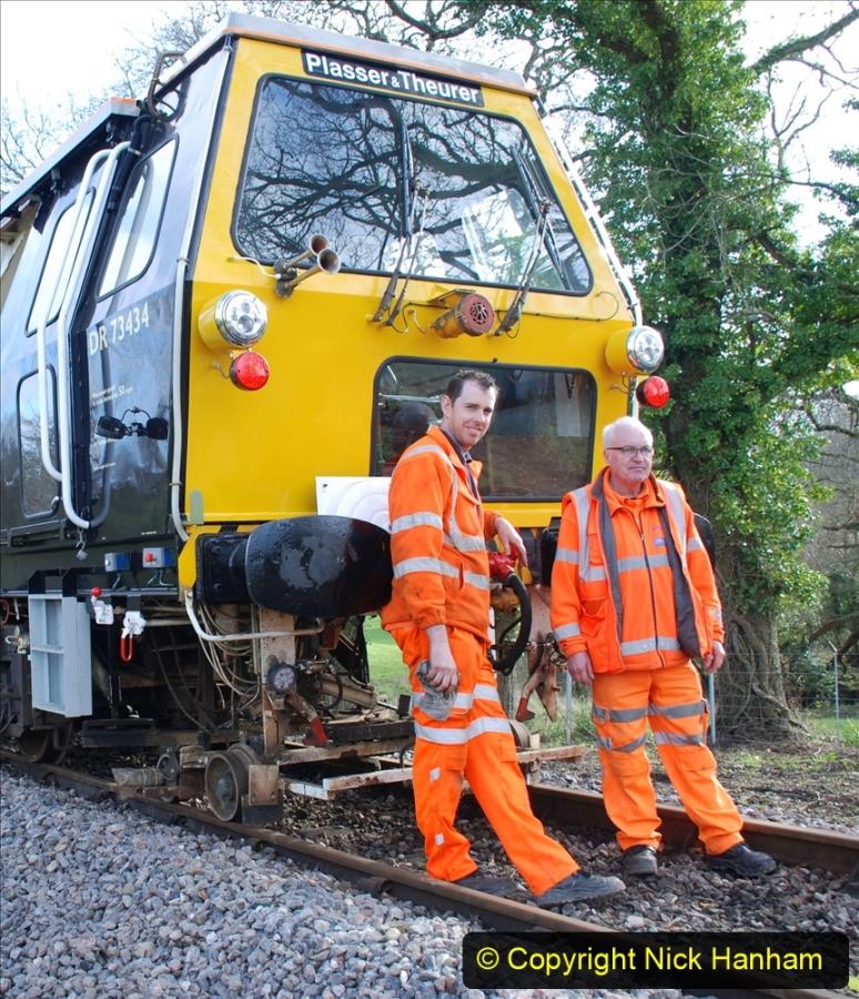 2020-02-06 Track renewal work & Tamper. (147) The Tamper Team. 147