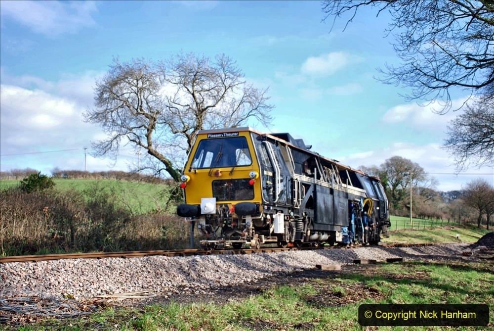 2020-02-06 Track renewal work & Tamper. (150) 150