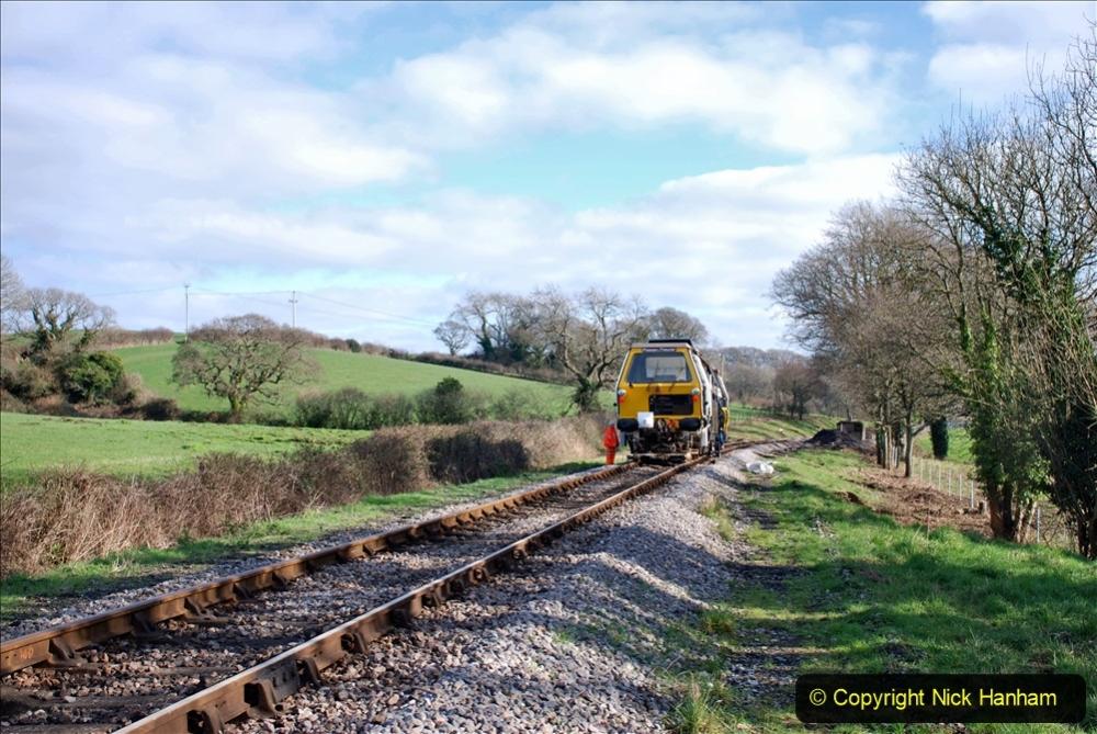 2020-02-06 Track renewal work & Tamper. (158) 158