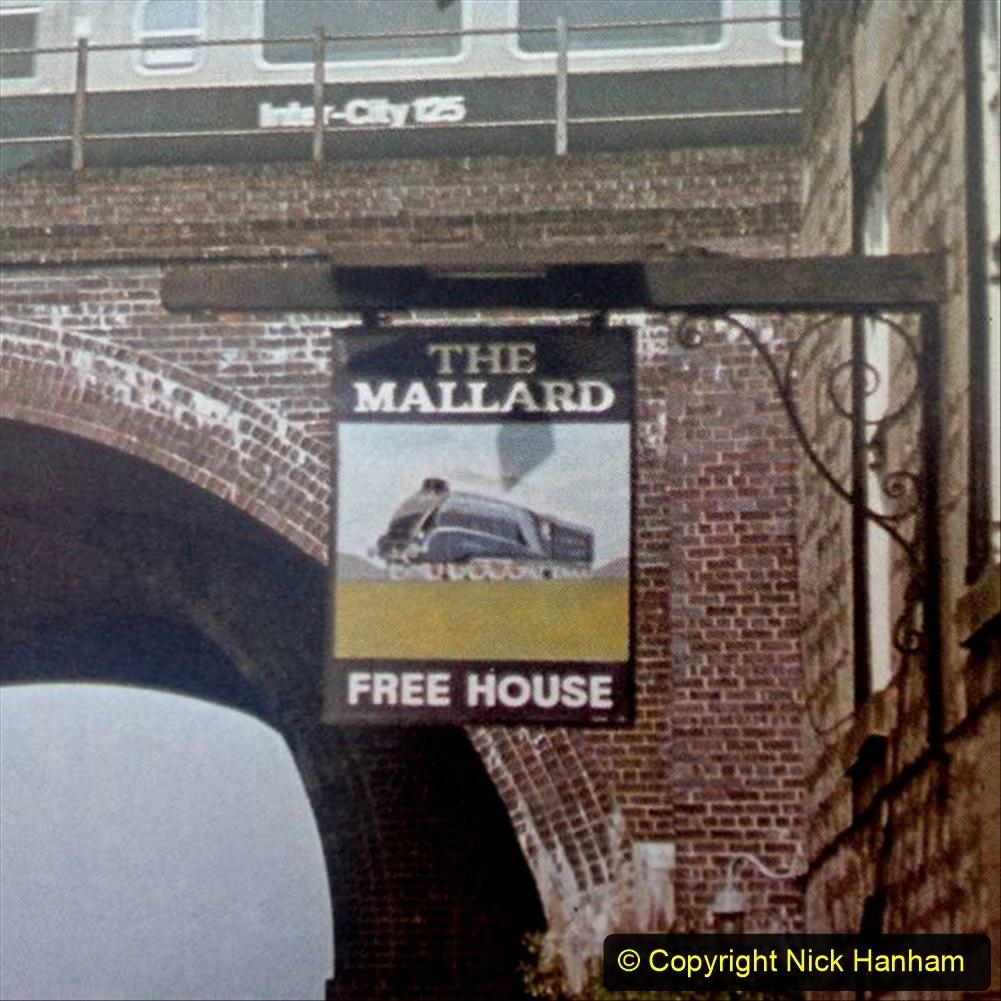 Railway Food. (190) Pub Signs. 190