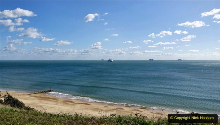 2020-09-25 Poole Bay. (1) I saw 5 ships come sailing in. 1